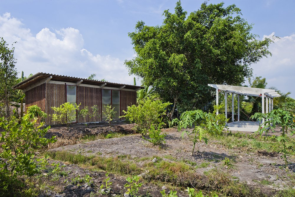 bamboo_structures_the-s-house-prefab-prototype-in-vietnam